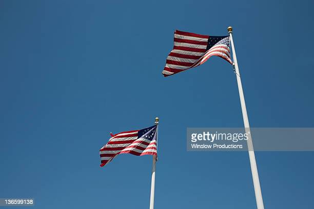 usa, new york state, two american flags - template_talk:thirteen_colonies stock pictures, royalty-free photos & images