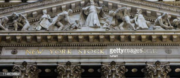 new york stock exchange building, wall street, manhattan, new york city, usa - wall street stock pictures, royalty-free photos & images