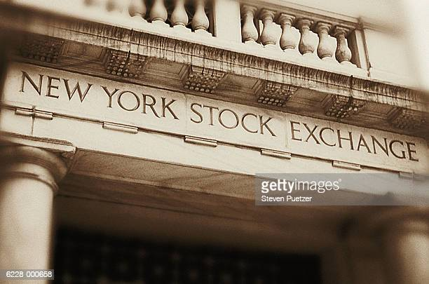 new york stock exchange - new york stock exchange stock pictures, royalty-free photos & images