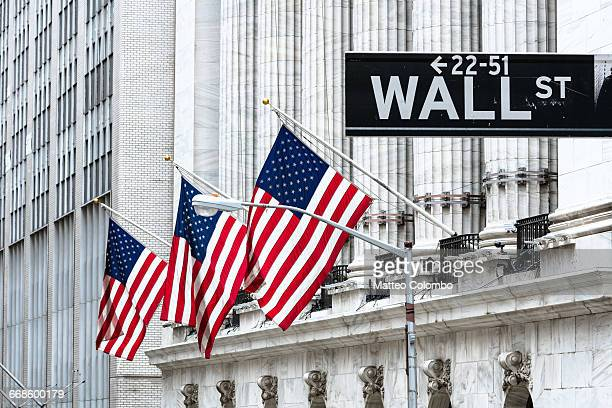 new york stock exchange, wall st, new york, usa - börse new york stock-fotos und bilder