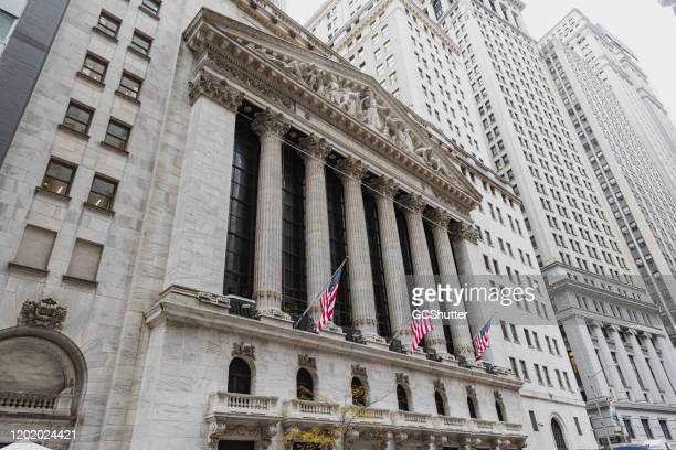 new york stock exchange, wall street, manhattan, new york - trading floor stock pictures, royalty-free photos & images