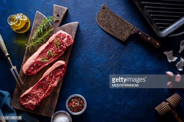 new york strip steak also boneless top loin steak raw beef meat, dry aged beef - raw food stock pictures, royalty-free photos & images