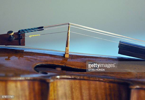 A detail of a violin made in 1707 by Antonio Stradivari known as 'The Hammer' is pictured 15 May 2006 at Christie's auction house in New York 'The...