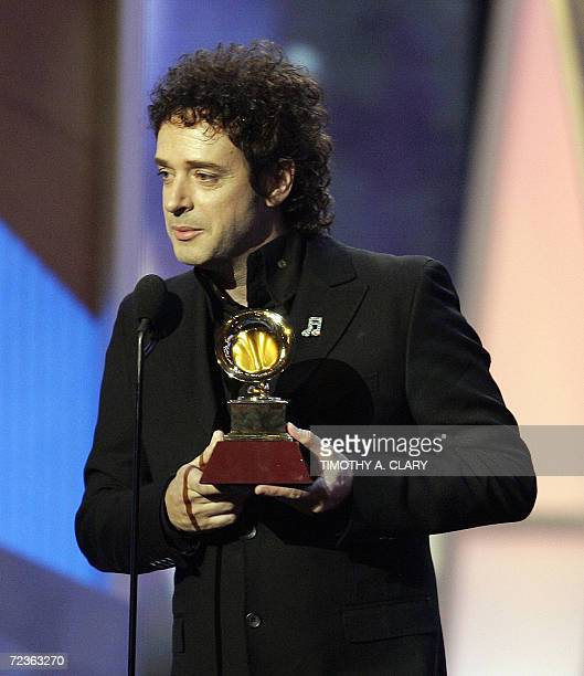 Best rock song winner Gustavo Cerati accepts his award during the 7th Annual Latin Grammy Awards pretelecast show at Madison Square Garden 02...