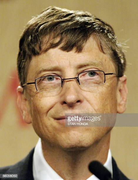 Bill Gates Microsoft chairman and cofounder of the Bill Melinda Gates Foundation speaks at a press conference 02 November 2005 at the Time Global...