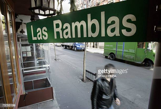 TO GO WITH AFP STORY BY ALFONSO LUNAEEUUSPAINBARCELONA CONQUERS A PLACE IN THE HEART OF NEW YORKERS Named after a street in Barcelona Spain Las...