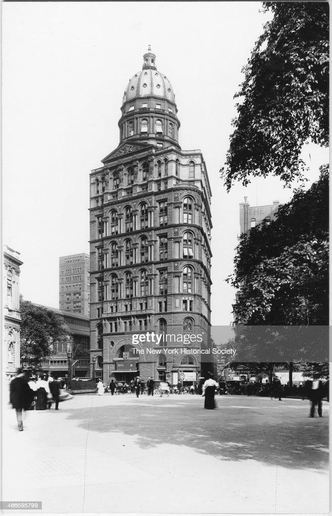 New York World Building (Pulitzer Building), New York, New York, 1895.