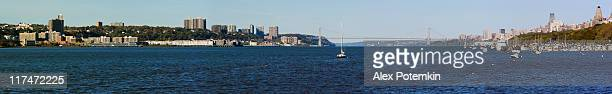 New York, XXXL panorama: Hudson River and Washington Bridge