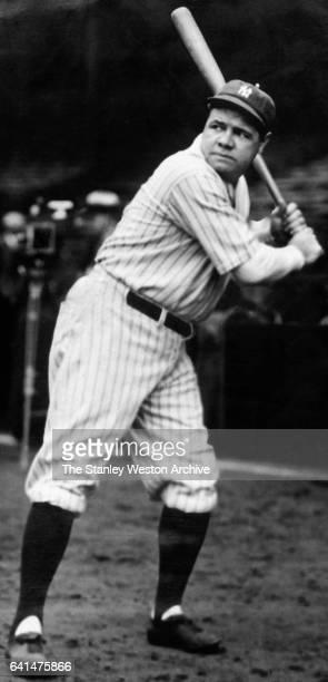 New York Yankees Babe Ruth at bat circa 1925