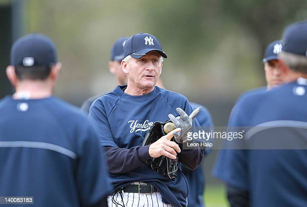 New York Yankees coach Mick Kelleher talks with members of the New York Yankees prior to the start of the days practice session during the Spring...