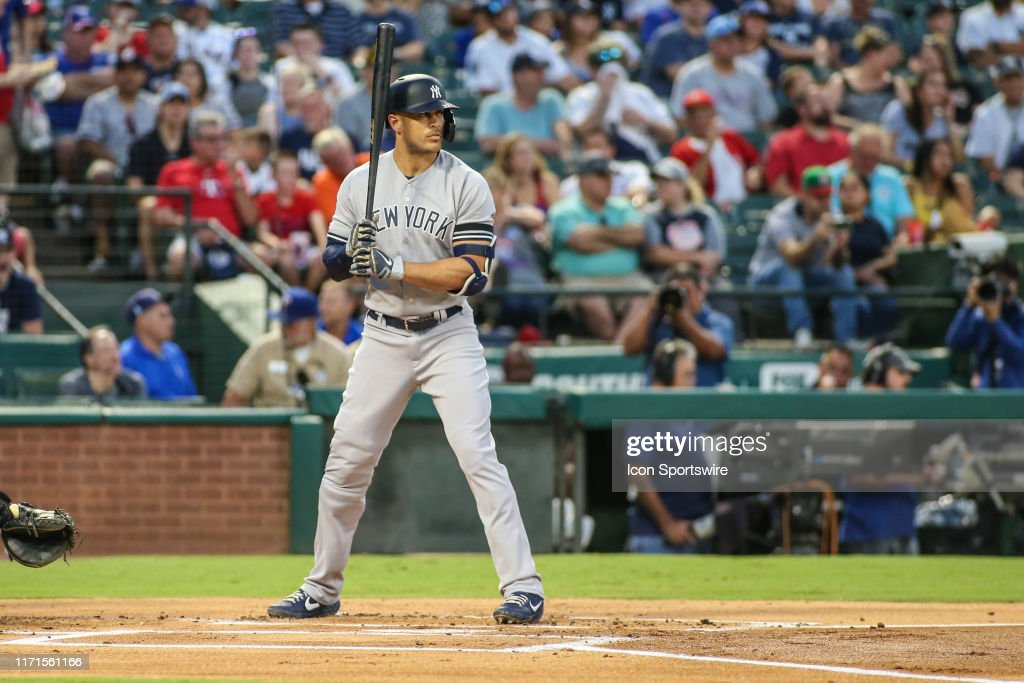 MLB: SEP 27 Yankees at Rangers : News Photo