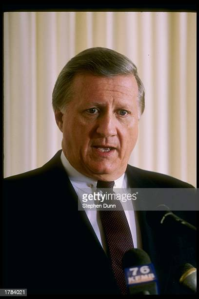New York Yankees Owner George Steinbrenner speaks at a press conference Mandatory Credit Stephen Dunn /Allsport