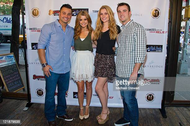 New York Yankees player Nick Swisher actress Joanna Garcia Swisher Erin Robertson and New York Yankees player David Robertson attend the Yankees...