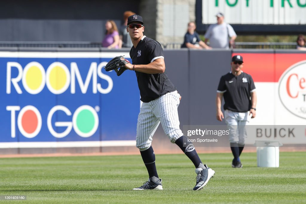 FEB 18 Spring Training - Yankees Workout : News Photo