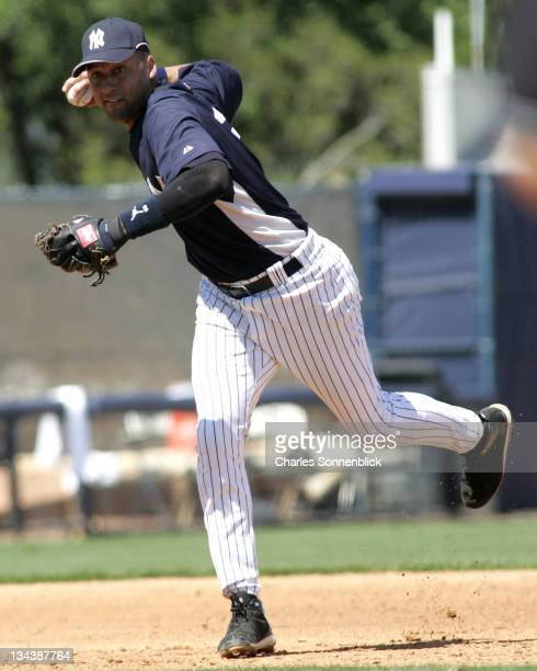 New York Yankees shortstop Derek Jeter throws to first base versus the Pittsburgh Pirates during a spring training game on March 18 2007 at Legends...