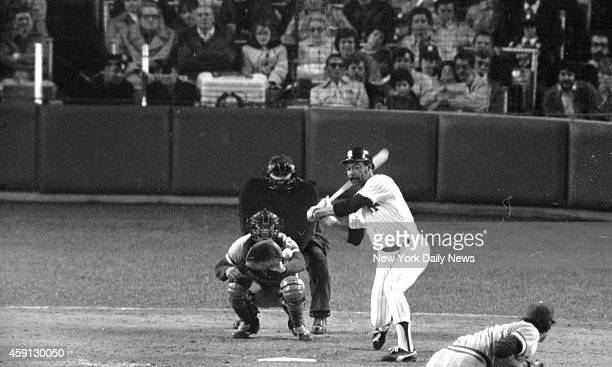 New York Yankees vs Kansas City Royals Andy Hassler fires and Cliff Johnson raps homer to tie game at 11