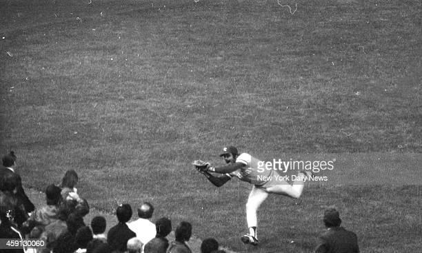 New York Yankees vs Kansas City Royals Joe Zdeb runs out of room as he grabs Jackson's drive in 4th