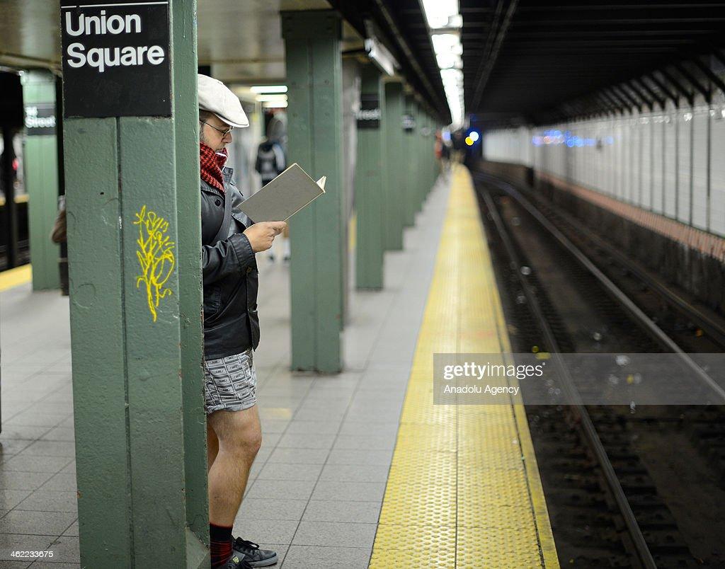 No Pants Subway Ride 2014 : News Photo