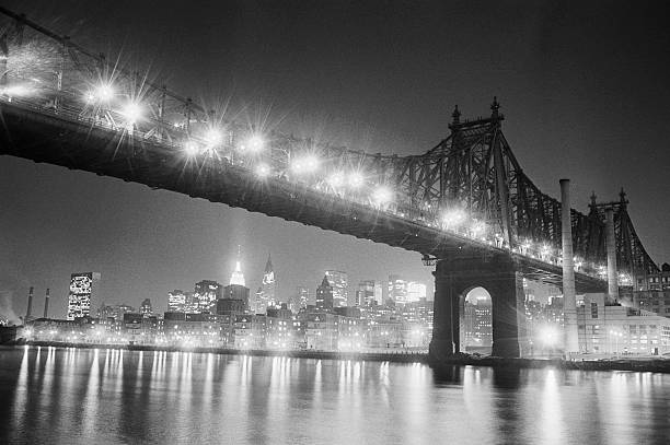 Queensboro Bridge And Manhattan At Night Wall Art