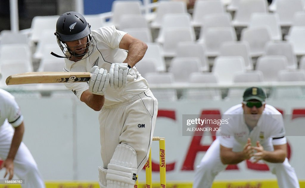 New Zealand batsman BJ Watling, plays a shot form on day 3 of the first Test match between South Africa and New Zealand, in Cape Town at Newlands on January 4, 2013.