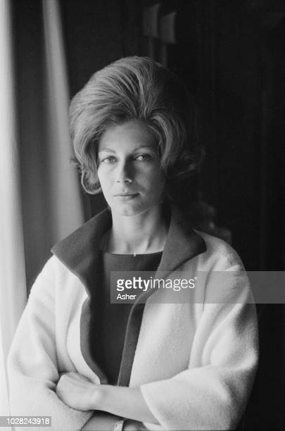New Zealand born model Fiona Campbell-Walter Baroness Thyssen, third and current wife of Hans Heinrich Thyssen-Bornemisza, posed on 10th August 1963.