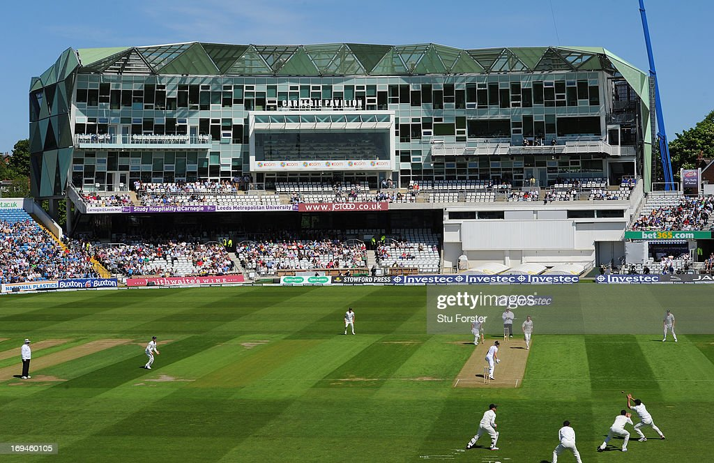 New Zealand bowler Tim Southee looks on as England batsman Nick Compton turns to see him being caught at slip during day two of 2nd Investec Test match between England and New Zealand at Headingley on May 25, 2013 in Leeds, England.