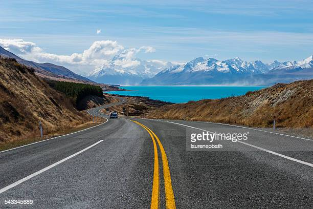 new zealand, canterbury region, winding road - coastline stock pictures, royalty-free photos & images