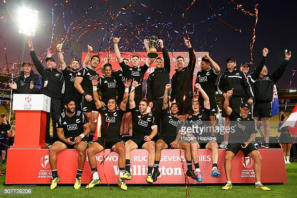 New Zealand celebrate after winning the 2016 Wellington Sevens cup final match between New Zealand and South Africa at Westpac Stadium on January 31,...