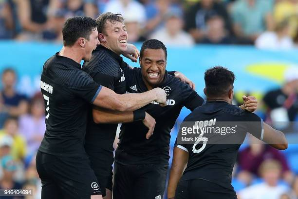 New Zealand celebrate winning the Men's Gold Medal Rugby Sevens Match between Fiji and New Zealand on day 11 of the Gold Coast 2018 Commonwealth...