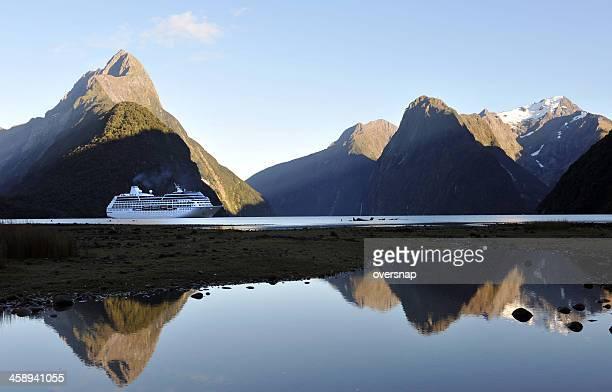 ニュージーランドクルーズ - オーストラレーシア ストックフォトと画像