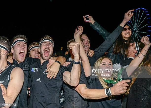 New Zealand fans celebrate winning the Rugby World Cup Final match between the New Zealand All Blacks and Australia Wallabies at Richmond Park Fan...