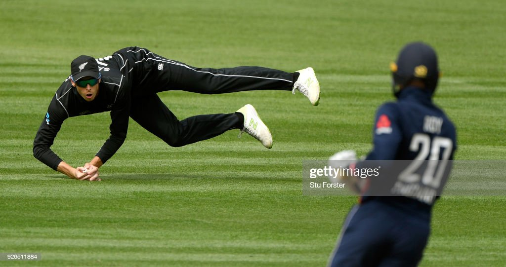 New Zealand v England - 2nd ODI
