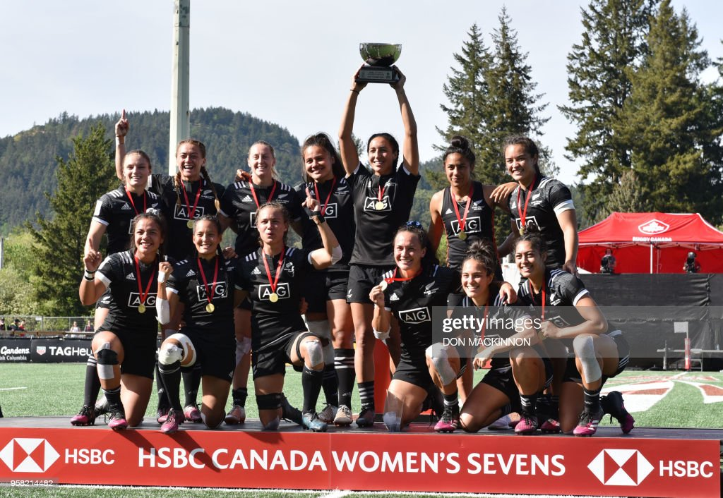New Zealand gold medallists celebrate after the HSBC Canada Women's Rugby Sevens in Langford, British Columbia on May 13, 2018.