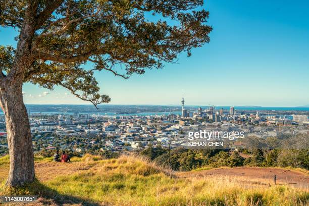new zealand, north island, mount eden, auckland, cityscape - auckland stock pictures, royalty-free photos & images