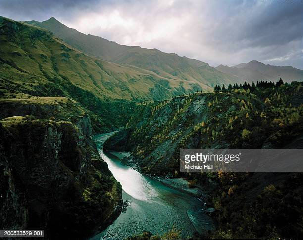 New Zealand, Otago, Skippers Canyon, river in mountainous landscape