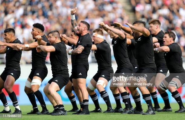 New Zealand perform the Haka ahead of the Rugby World Cup 2019 Group B game between New Zealand and Namibia at Tokyo Stadium on October 06 2019 in...