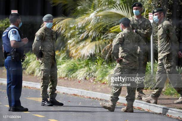 New Zealand Police and Army personnel guard the Holiday Inn Hotel, Auckland Airport which is used for Covid-19 isolation on September 07, 2020 in...