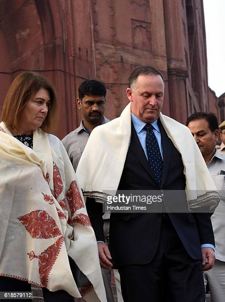 New Zealand Prime Minister John Key and his wife Bronagh visit the historic Jama Masjid on October 27 2016 in New Delhi India The New Zealand Prime...