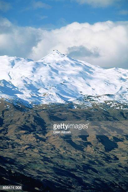 New Zealand, Queenstown, Coronet Peak under a blanket of snow