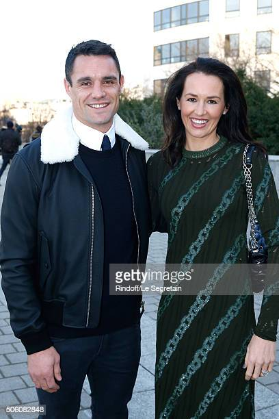 New Zealand Rugby Player and Champion of the World with All Blacks Dan Carter and his wife Honor Carter dressed in Louis vuitton attend the Louis...