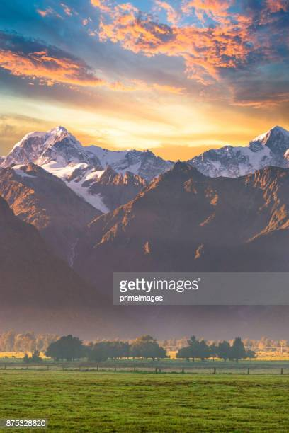 New Zealand scenic mountain landscape at Mount Cook