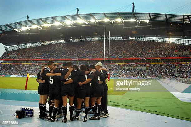 New Zealand sevens players have a team huddle after the Rugby sevens quater final between New Zealand and Wales held at the City of Manchester...