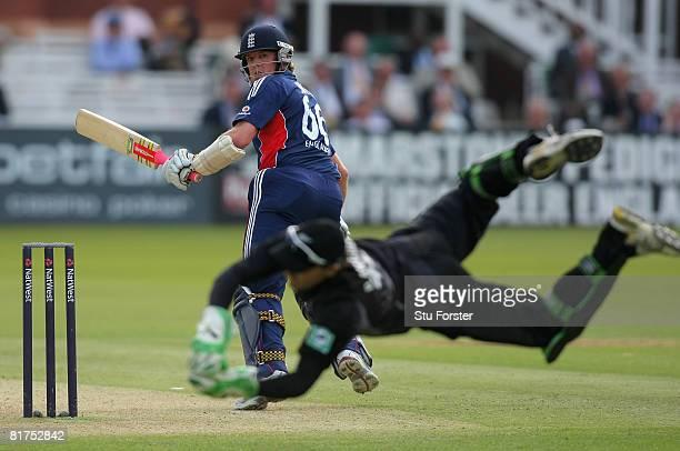 New Zealand wicketkeeper Brendon McCullum spectaculay catches England batsman Graeme Swann during the fifth NatWest One Day International between...