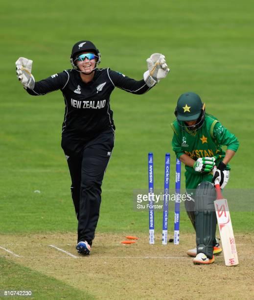 New Zealand wicketkeeper Rachel Priest celebrates as Pakistan batsman Sidra Nawaz is bowled by Amelia Kerr during the ICC Women's World Cup 2017...