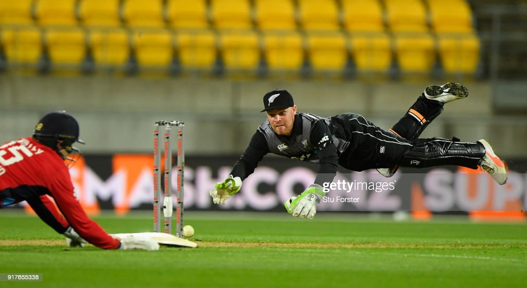 New Zealand wicketkeeper Tim Seifert runs out England batsman David Willey during the International Twenty20 match between New Zealand and England at Westpac Stadium on February 13, 2018 in Wellington, New Zealand.
