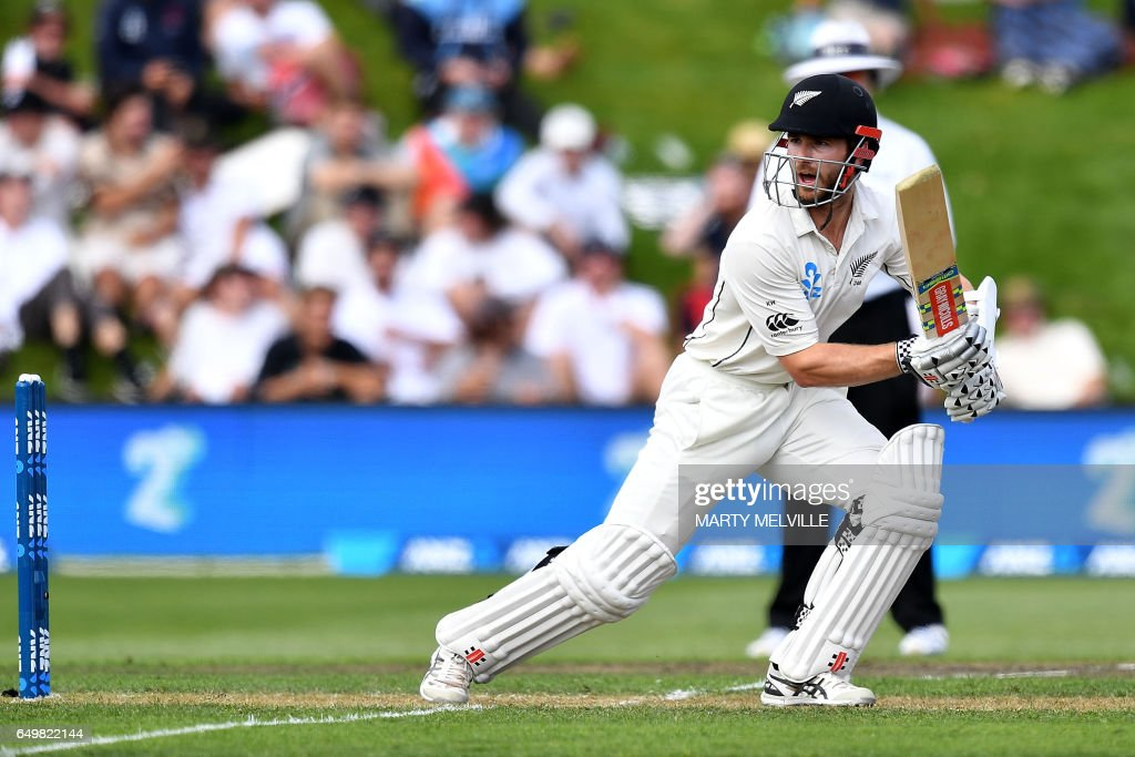 CRICKET-NZL-RSA : News Photo
