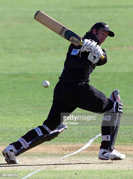 New Zealand's Chris Harris in action during the ODI cricket match played against Sri Lanka at the WestpacTrust Park in Hamilton Thursday