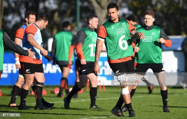 New Zealand's flanker Vaea Fifita takes part in a training session on November 7 2017 in Suresnes as part of the team's preparation ahead of a test...