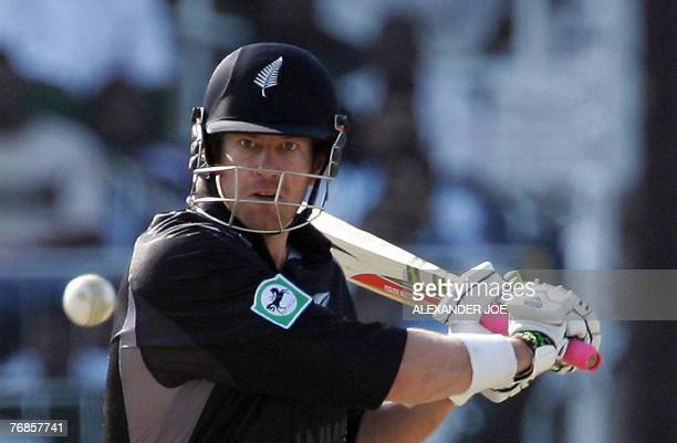 New Zealand's Jacob Oram keeps his eye on the shot from South African bowler Andre Nel 19 September 2007, during their Twenty20 cricket world...