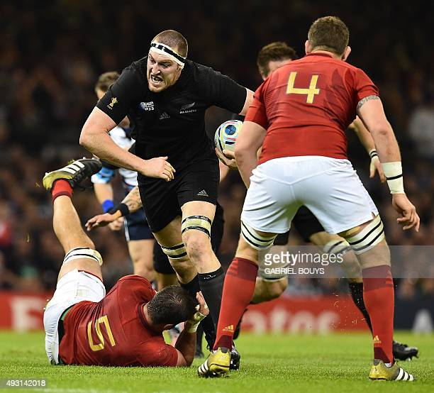 New Zealand's lock Brodie Retallick runs with the ball during a quarter final match of the 2015 Rugby World Cup between New Zealand and France at the...